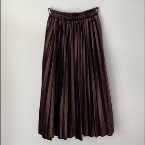Vintage Pleated Brown Long Skirt